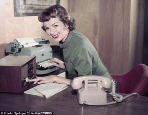 secretary-della-s-phone